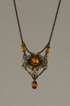 Amber necklace4x6@72