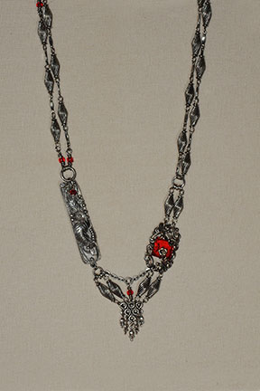 Red Necklace4x6@72